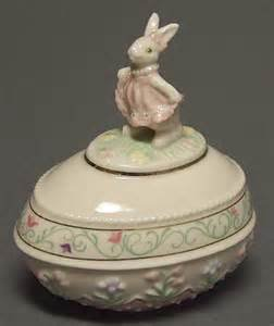 "Lenox ""The Springtime Bunny Easter Egg"" Jewelry Box"