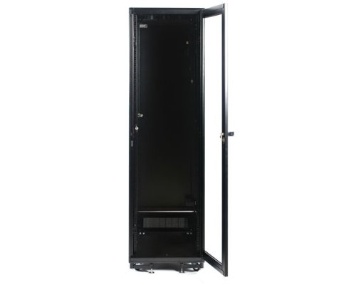 StarTech.com 41U Rack Enclosure Server Cabinet - 27.6 in. Deep - Built-in Fans