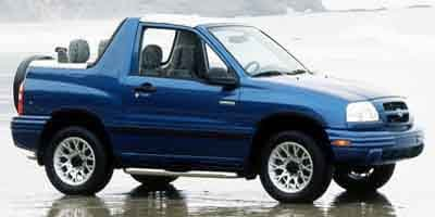 Amazoncom 2000 Chevrolet Tracker Reviews Images and Specs