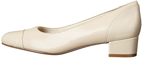 Pictures of Trotters Women's Danelle Nude Embossed 9.5 M US 5