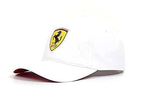 91ca81f9252c91 Amazon.com : Scuderia Ferrari Formula 1 2018 White Quilt Stitch Hat Cap :  Clothing