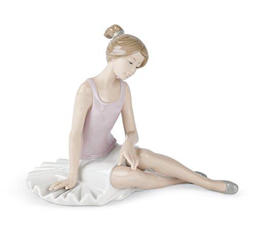 NAO 2001175.0 Dancer Rested Figurine by NAO