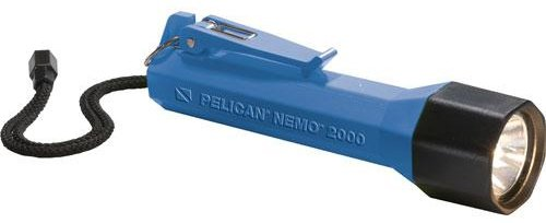 (Pelican Nemo 2000N Dive Flashlight with Photoluminescent Shroud,)