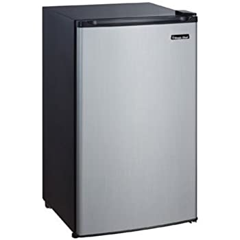 Amazon Com Magic Chef 3 5 Cu Ft Mini Refrigerator