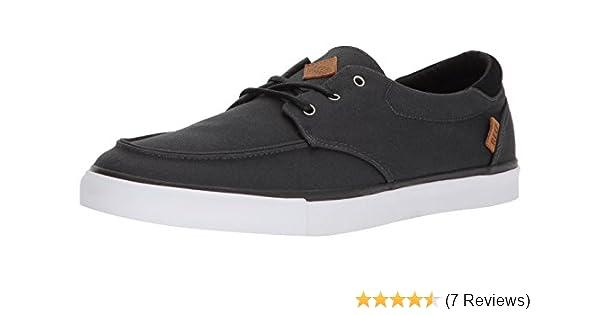 e0fe46284253 Amazon.com  Reef Men s Deckhand 3 Sneaker  Shoes
