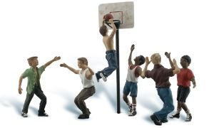 Scenic Accents Figures (Woodland Scenics O Scale Scenic Accents Figures/People Set Shootin' Hoops (6))