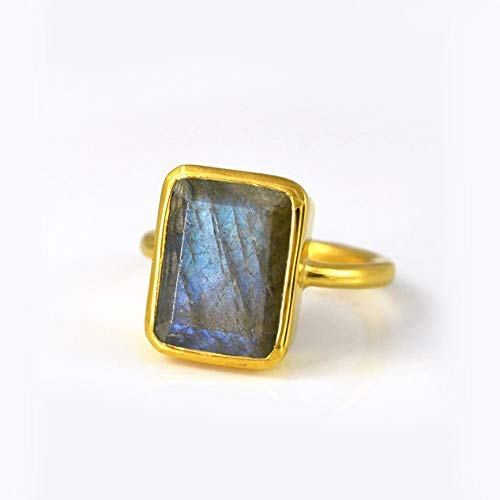 Labradorite ring, stackable ring, Vermeil Gold or silver, bezel set ring, rectangular ring, grey gemstone ring, Birthstone ring, statement ring, blue labradorite