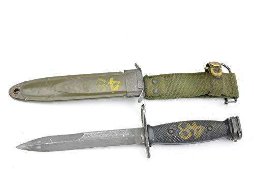 - M7 Bayonet Knife/US Scabbard, Vietnam Era