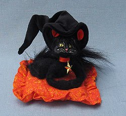 Annalee 300109 Moonlight Witch Cat on a Pillow Halloween
