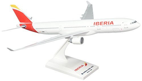 daron-skymarks-skr836-iberia-airlines-spain-airbus-a330-300-1200-scale-regf-wwka