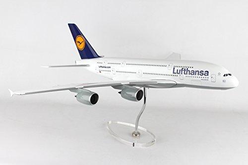 Daron Lufthansa 380 1/100 W/Stand & Gear
