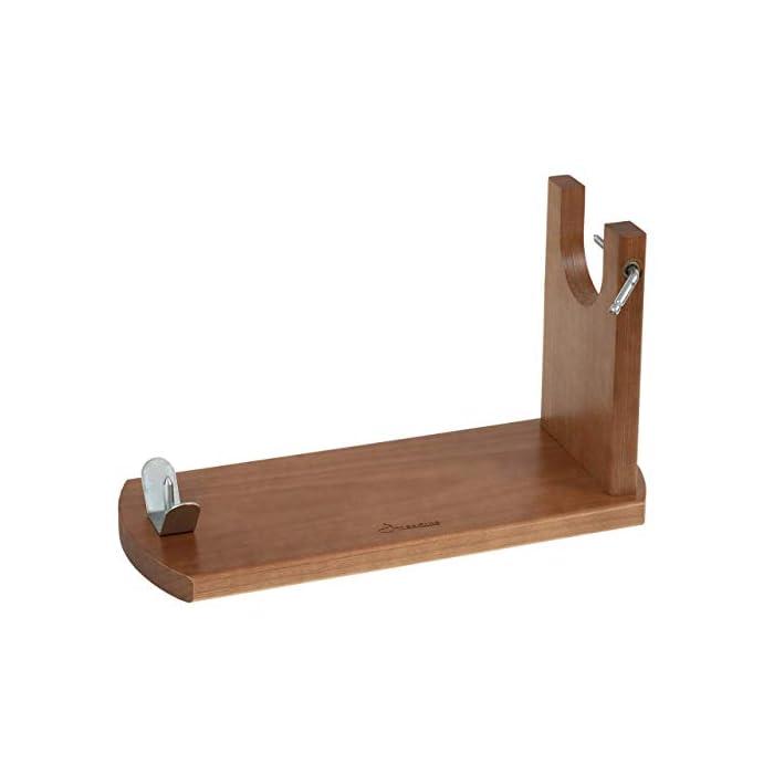 31atroSjeFL Tipo de accesorio: Soportes jamoneros El jamonero Banqueta de Jamonprive está fabricado en madera de pino. La tabla mide 40 x 16 x 1, 8 cm, y el brazo está fabricado con madera FSC.