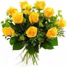 Oferta 10 Rosas Amarillas Naturales Añade Tu Dedicatoria Personalizada