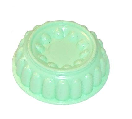 Rare Tupperware Collectible Jel-Ring Jello Mold Green Magnet Mini