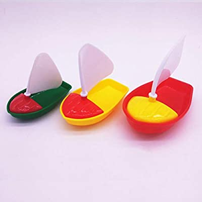 NUOBESTY Sailing Boat Toys Cartoon Plastic Mini Kids Bath Toys Boat Toys Bathtub Toys for Kids Toddlers Children, 3pcs (Assorted Color, Small + Middle + Large Size Boat Toy): Toys & Games