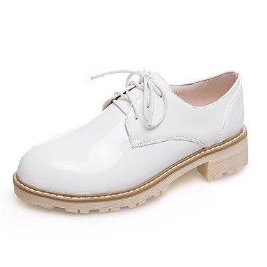 Cómodo y elegante soporte de zapatos de las mujeres pisos primavera verano otoño invierno otros sintética oficina y carrera vestido casual soporte de talón cordones negro blanco de almendro en burdeos granate