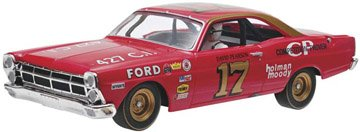 Revell Slot Cars (Revell-Monogram 1/32 David Pearson #17 1967 Ford Fairlane Slot Car)