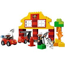 Lego Duplo My First Fire Station 6138 from LEGO