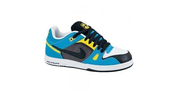 separation shoes afad9 62c39 Amazon.com  Nike 6.0 Air Zoom Oncore II Mens  Clothing