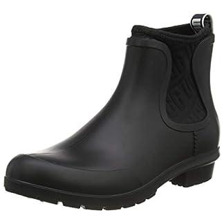 UGG Women's Chevonne Boot 30