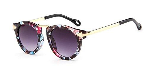 GAMT Children's Sunglasses UV Sunglasses Metal Arrow - With Glasses Girl Scene