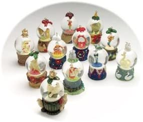12 STK Christmas Baubles//Snow Globes