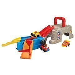 Fisher Price Little People Play Play Play 'n Go Construction Stie by Little People 7d8787