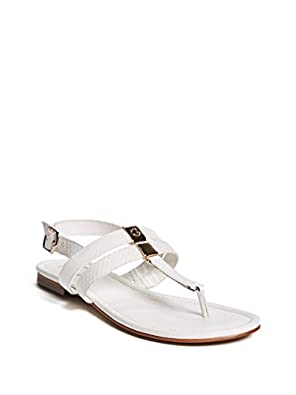 50%OFF G by GUESS Women's Vickie Metallic Sandals