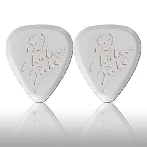 - 2 x ChickenPicks Light 2.2 mm guitar picks