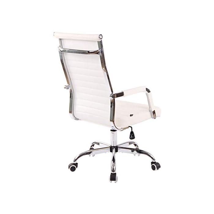 31bdEsiLuKL AJUSTABLE: La silla de oficina Amadora cuenta con un mecanismo de balanceo en el respaldo que se ajusta con el adaptador de rosca ubicado debajo del asiento, allí se encuentra también la manivela que permite ajustar la altura de la silla. El asiento puede dar un giro de 360° y gracias a las ruedas de su base permite a la unidad deslizarse por diversas superficies. MATERIALES: La estructura de la silla así como la base están hechas de metal en efecto óptico cromado brillante. La silla cuenta con un tapizado en cuero sintético (100% poliuretano), dicho material es resistente y fácil de limpiar. Las ruedas de la base son de polipropileno suave, que permite rodar con facilidad. DIMENSIONES: La silla ejecutiva tiene las siguientes medidas aproximadas: Alto: 96-106 cm I Ancho: 51 cm I Profundidad: 63 cm I Altura del asiento: 43 - 51 cm I Superficie del asiento (AxP): 46 x 49 cm I Altura del respaldo: 58 cm I Altura del reposabrazos: 19 cm I Capacidad máxima de carga: 120 kg I Peso: 11 kg.