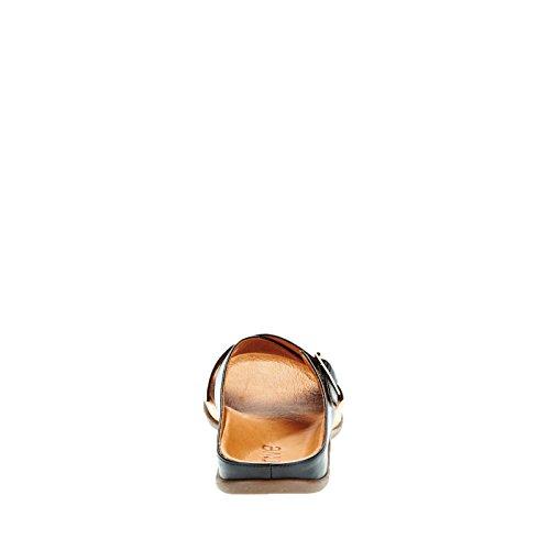 Nero Maria Footwear nero Strive Fibbia tCqO5w5X