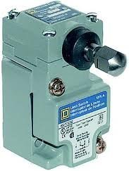 (Square D by Schneider Electric 9007C52GD Heavy Duty Nema Limit Switch, Compact Size, 1 Pole, Plunger Adj.)