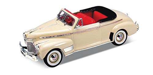 1941 Mint - Danbury Mint 1941 Chevrolet Special Deluxe Convertible Cream 1/24