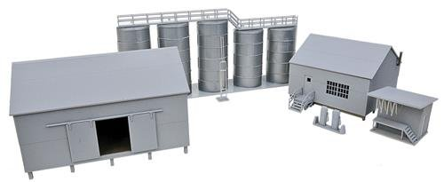 Ho Oil (Walthers, Inc. Trackside Oil Dealer with Storage Tanks Kit)