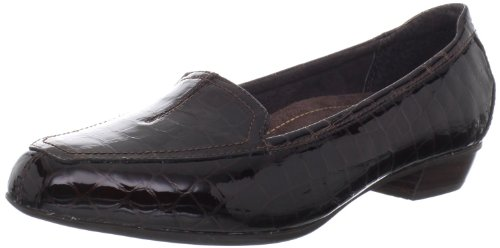 Clarks Women's Dark Brown Croco Patent Timeless 8.5 B(M) US Leather Patent Leather Slippers