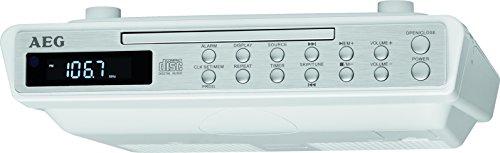 AEG KRC 4376 CD Stereo-Küchenradio mit CD im Edelstahldesign, Aux-In, 20 Senderspeicher weiß