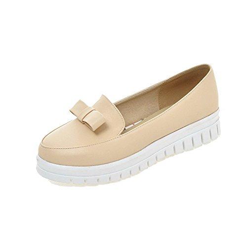 AllhqFashion Damen Ziehen auf Rund PU Leder Zehe Niedriger Absatz Rein Pumps Schuhe Cremefarben