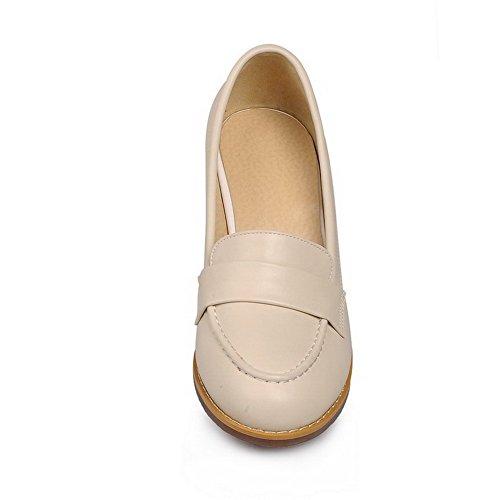 AllhqFashion Mujer Material suave Tacón medio PU Puntera Cerrada ZapatosdeTacón Slip-on Beige