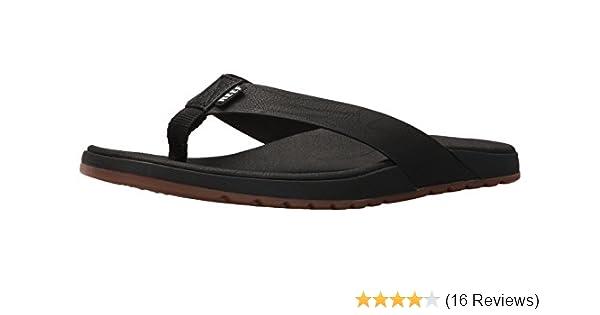 74a49ff5d Amazon.com  Reef Men s Contoured Voyage Flip Flop  Shoes
