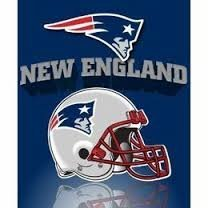 NFL Officially Licensed Gridiron Series Fleece Throw Blanket (New England Patriots)