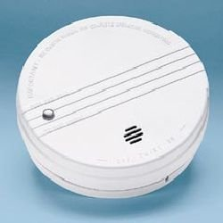 Kidde 0915E Battery Operated Smoke Alarm Detector with Exit Light