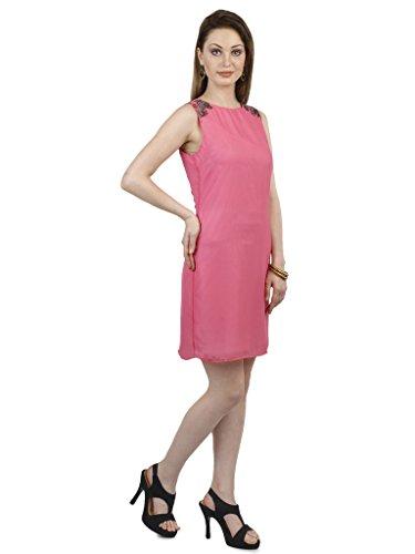 Robe Sans Manches Rose Avec Détail Épaule Embelli