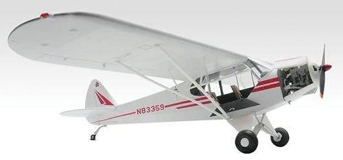 (Revell 1:32 Piper PA18 Super Cub)