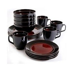 Gibson Studio Villa Mosa 16-Piece Dinnerware Set, Round Red