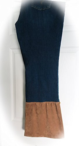 (Love Jeans No.9 - Upcycled LEVI's Jeans BootCut509 - Size 20 (fits 18US) - SUEDE cuff & gold hearts on the side - Made in Hawaii)
