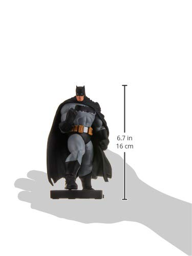 DC Collectibles DC Designer Series: Batman Mini Statue by Andy Kubert