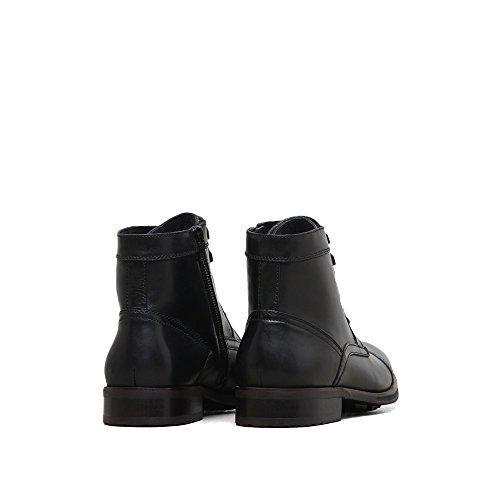Kenneth Cole New York Men's Design 104352 Combat Boot