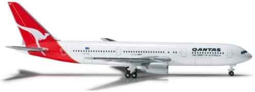 1//500 Scale Daron Herpa Qantas 767-300 Reg#Vh-Zxg Karratha Model Kit