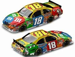 (Action 2011 Kyle Busch #18 M&Ms Toyota Camry MMS M&Ms Racing Collectables 1/64 Pit Stop Series )