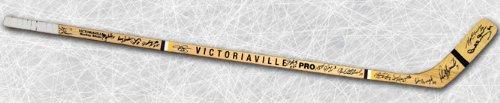 - 1970 Boston Bruins Team Signed Bobby Orr Hockey Stick: 16 Autographs